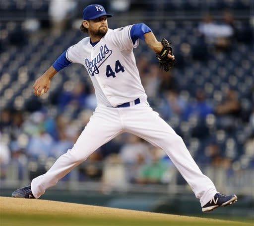Kansas City Royals starting pitcher Luke Hochevar throws during the first inning of a baseball game against the Chicago White Sox, Tuesday, Sept. 18, 2012, in Kansas City, Mo. (AP Photo/Charlie Riedel)
