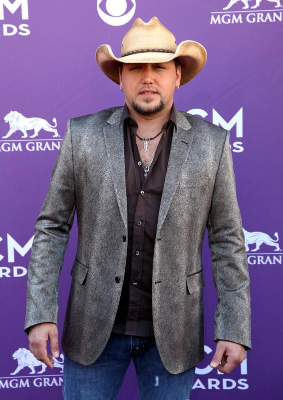 JASON ALDEAN, Live from the RAM Red Carpet, 47th Annual ACM Awards, Las Vegas, NV
