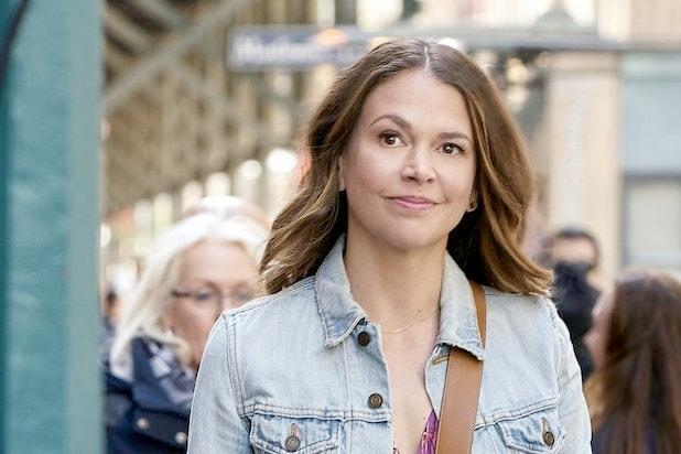 younger sutton foster