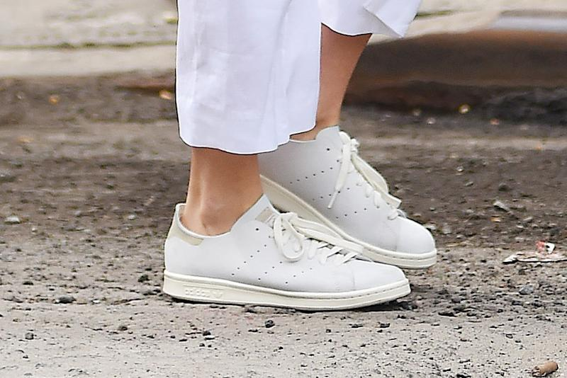 0addf1a49aab7 Savvy Women Are Using This Style Hack to Get Adidas Stan Smith ...
