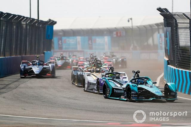 "James Calado, Jaguar Racing, Jaguar I-Type 4, Alexander Sims, BMW I Andretti Motorsports, BMW iFE.20, Jean-Eric Vergne, DS Techeetah, DS E-Tense FE20 <span class=""copyright"">Sam Bloxham / Motorsport Images</span>"