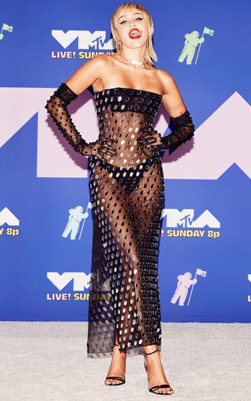 <p>Miley's fully-sheer Mugler gown looks just dreamy on. </p>
