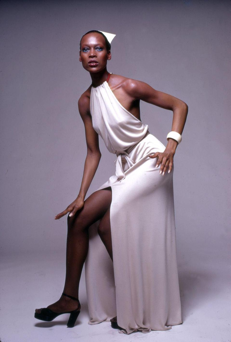 "<p>Naomi Sims was the <a href=""https://www.nytimes.com/2009/08/04/fashion/04sims.html"" rel=""nofollow noopener"" target=""_blank"" data-ylk=""slk:first Black model"" class=""link rapid-noclick-resp"">first Black model</a> to appear on the cover of <em>Ladies' Home Journal</em> in 1968 as well as the 1969 issue of <em>Life, </em>and her career took off afterwards. She also started her own wig and hairpiece business, which then expanded into cosmetics and skincare before she passed away from cancer in August 2009.</p>"