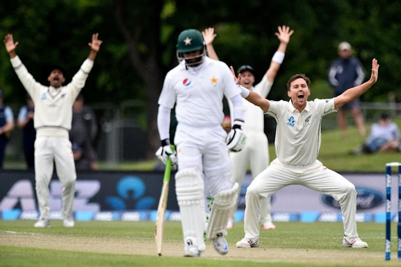 Sohail cameo sets NZ 105 for victory