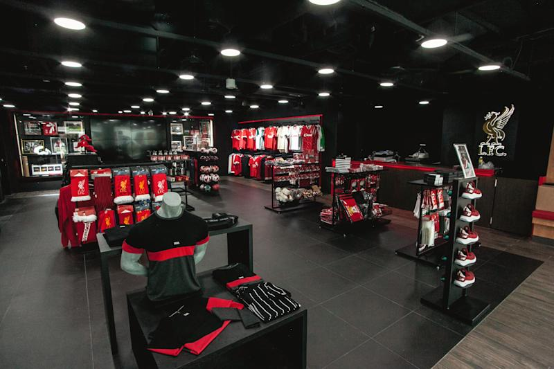 Liverpool FC celebrates Singapore store opening