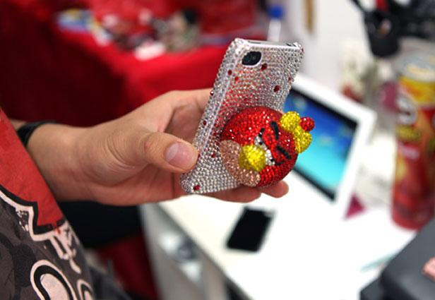 25+ Crazy iPhone Cases You Can Buy in New York