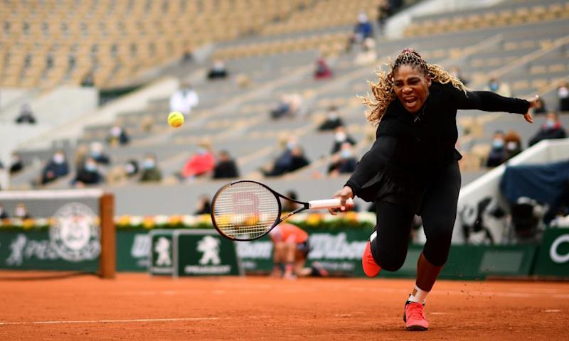 Serena Williams of the US returns the ball to Kristie Ahn of the US during their women's singles first round tennis match. Photograph: Martin BUREAU / AFP.