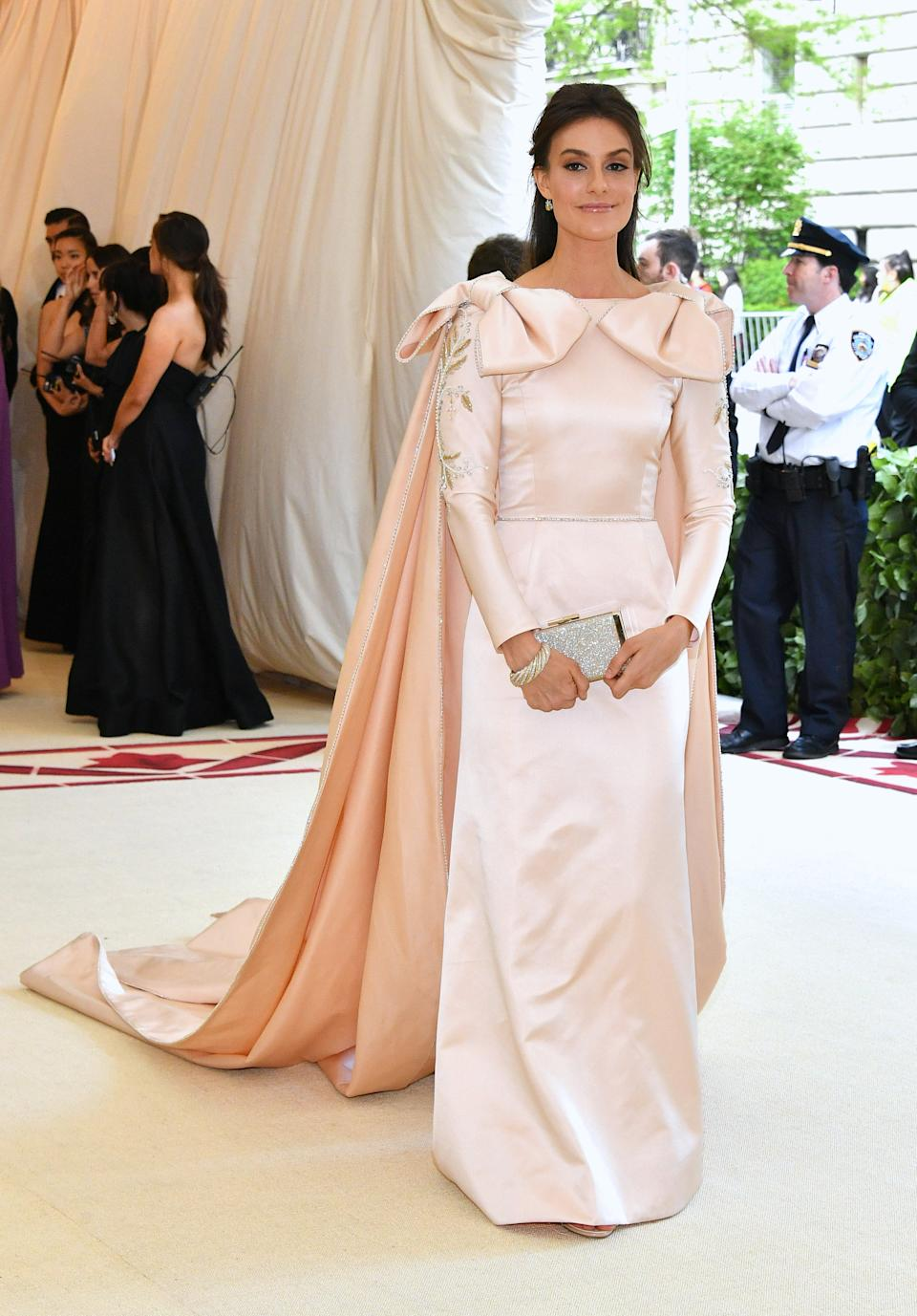 """<h1 class=""""title"""">Ariana Rockefeller in Elizabeth Kennedy</h1><cite class=""""credit"""">Photo: Getty Images</cite>"""