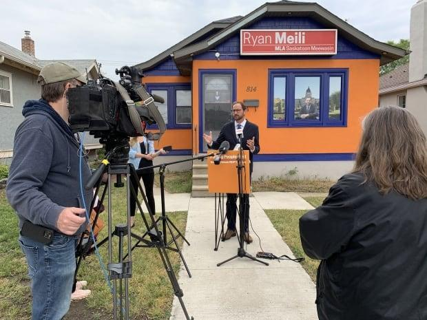 Ryan Meili, the leader of the Saskatchewan NDP, spoke outside his Saskatoon constituency office on Aug. 27, 2021. (Guy Quenneville/CBC - image credit)