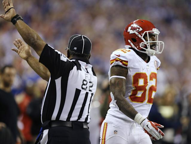 Kansas City Chiefs' Dwayne Bowe reacts after his reception is ruled out of bounds in the final moments of an NFL wild-card playoff football game against the Indianapolis Colts Saturday, Jan. 4, 2014, in Indianapolis. Indianapolis defeated Kansas City 45-44. (AP Photo/Michael Conroy)