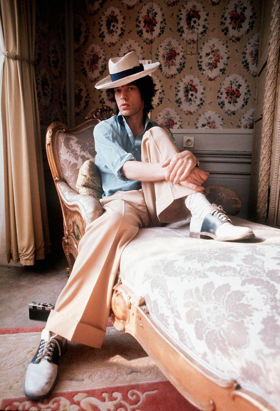 <p>Mick Jagger strikes a pose inside a chateau in September 1973 in Vienna, Austria.</p>
