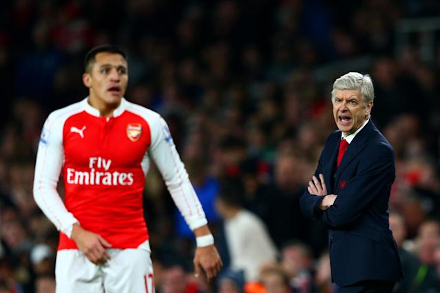 "<a class=""link rapid-noclick-resp"" href=""/soccer/players/alexis-sánchez"" data-ylk=""slk:Alexis Sanchez"">Alexis Sanchez</a> is one of two <a class=""link rapid-noclick-resp"" href=""/soccer/teams/arsenal/"" data-ylk=""slk:Arsenal"">Arsenal</a> stars that Arsene Wenger must make a tough decision on. (Getty)"