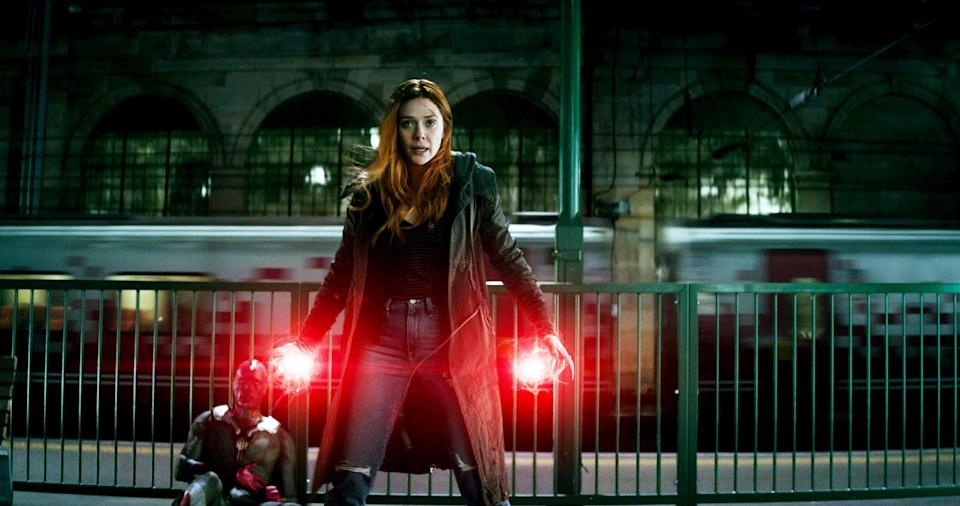 AVENGERS: INFINITY WAR, from left, Paul Bettany as Vision, Elizabeth Olsen as Scarlet Witch, 2018. Marvel/Walt Disney Studios Motion Pictures/courtesy Everett Collection