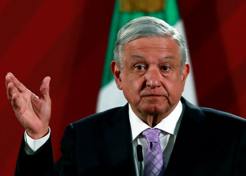 Recession, record violence hit support for Mexico president: poll