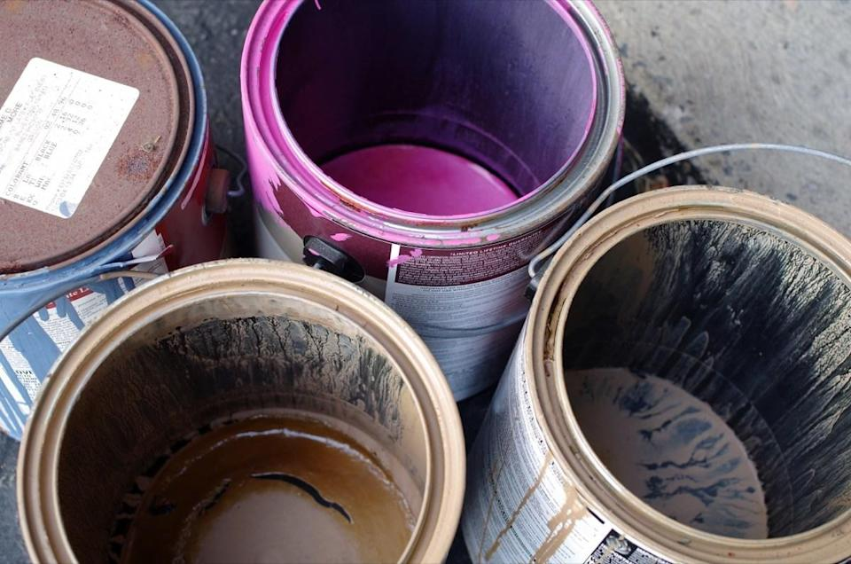 """Before you start fixing those paint chips on your trim work, it's important to know what kind of paint was used underneath. When you paint over oil paint with latex, """"this leads to new paint peeling and scratching very easily,"""" explains <strong>Jeff Neal</strong>, a project manager for commercial painting contractor <a href=""""https://www.capitalcoating.com/commercial-painting/"""" rel=""""nofollow noopener"""" target=""""_blank"""" data-ylk=""""slk:Capital Coatings"""" class=""""link rapid-noclick-resp"""">Capital Coatings</a>."""