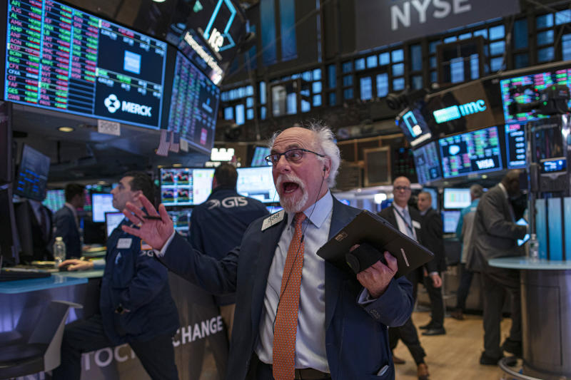 NEW YORK, NY - JANUARY 10: A trader reacts as he works on the floor of the New York Stock Exchange (NYSE) on January 10, 2020 in New York City. Amid new sanctions on Iran and 145k more U.S. jobs added and wage growth in December, the Dow topped the 29,000 milestone before pulling back to 28,823.77. (Photo by Kena Betancur/Getty Images)