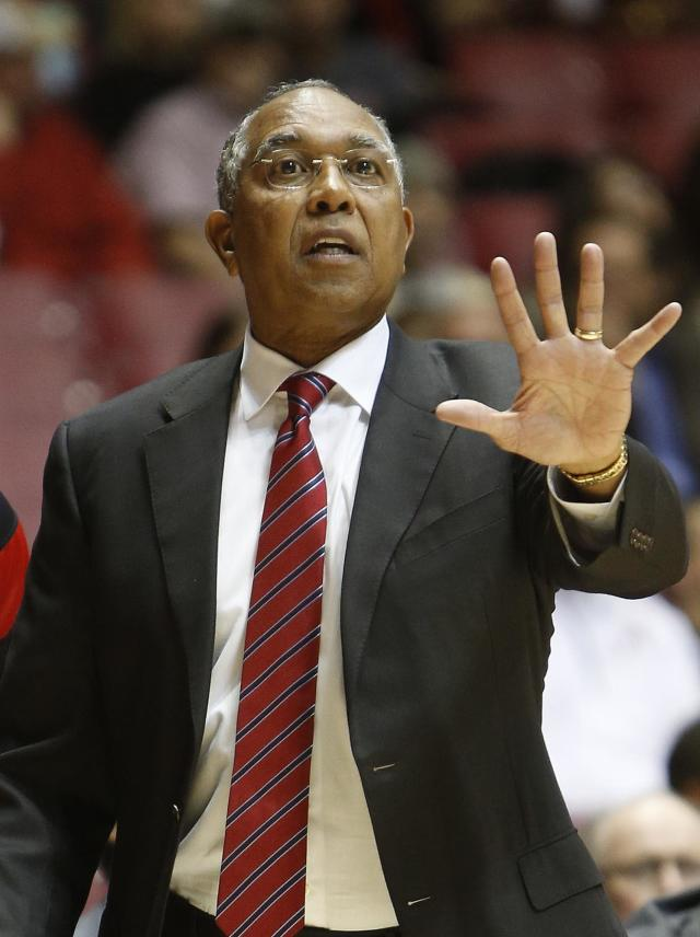 Texas Tech coach Tubby Smith directs his team against Alabama during the first half of an NCAA college basketball game in Tuscaloosa, Ala., Thursday, Nov. 14, 2013. (AP Photo/The Tuscaloosa News, Robert Sutton)