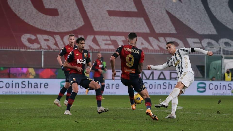 Scamacca e Ronaldo nell'ultimo Genoa-Juve | Jonathan Moscrop/Getty Images