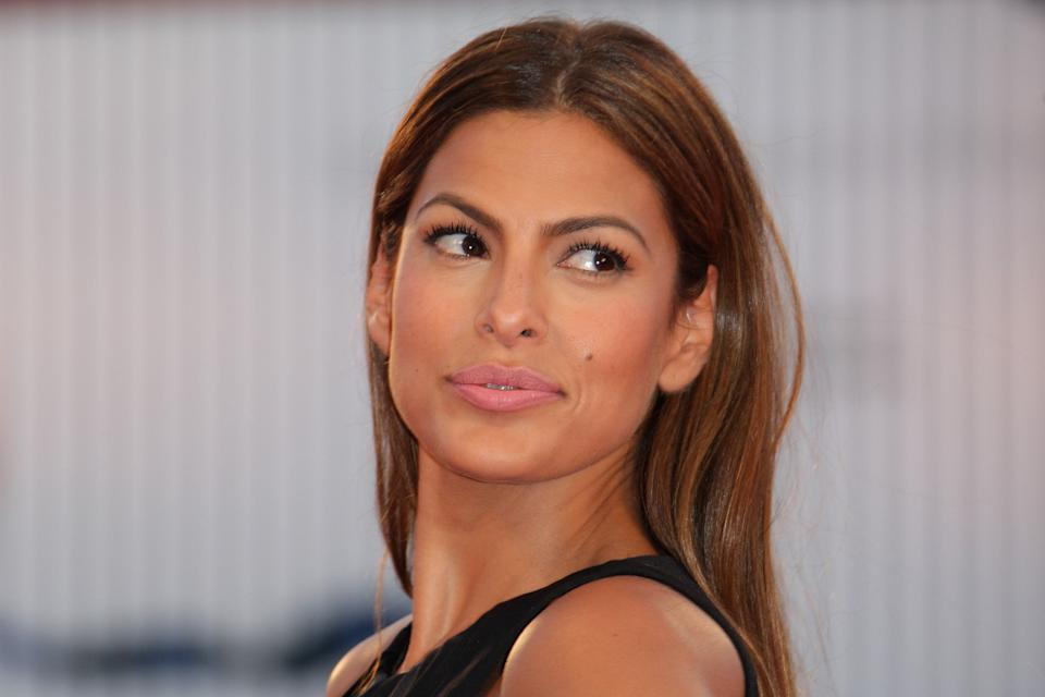 Eva Mendes plugged Latina owned business with scary needle selfie