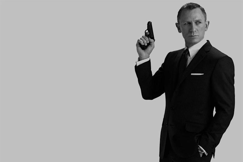Daniel Craig Set To Auction Off His Own '007' Aston Martin For Charity