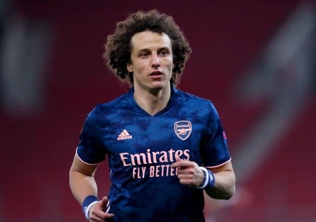 A decision has not yet been made on whether David Luiz will be offered a new deal at Arsenal.