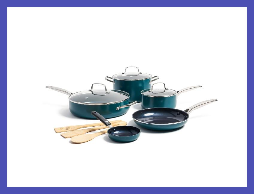 This 11-piece set comes in gorgeous jewel tones. (Photo: Walmart)