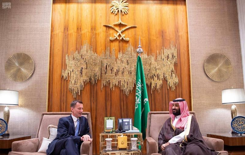 Jeremy Hunt meets with Saudi Crown Prince Mohammad bin Salman in Riyadh on 13 November (SPA)