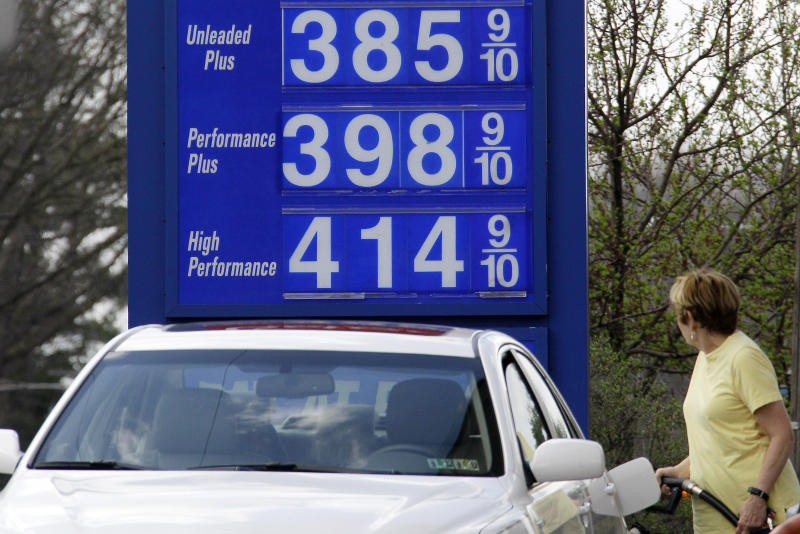 Oil drops below $108 as US weighs Syria options