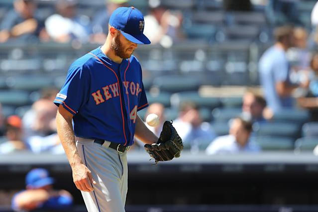 "NEW YORK, NEW YORK - JUNE 11: <a class=""link rapid-noclick-resp"" href=""/mlb/players/9124/"" data-ylk=""slk:Zack Wheeler"">Zack Wheeler</a> #45 of the <a class=""link rapid-noclick-resp"" href=""/mlb/teams/ny-mets/"" data-ylk=""slk:New York Mets"">New York Mets</a> reacts after giving up a triple to <a class=""link rapid-noclick-resp"" href=""/mlb/players/8289/"" data-ylk=""slk:Brett Gardner"">Brett Gardner</a> #11 of the <a class=""link rapid-noclick-resp"" href=""/mlb/teams/ny-yankees/"" data-ylk=""slk:New York Yankees"">New York Yankees</a> in the fifth inning at Yankee Stadium on June 11, 2019 in New York City. (Photo by Mike Stobe/Getty Images)"