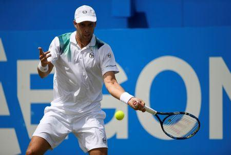 Gilles Muller and Feliciano Lopez book semifinals at Queen's