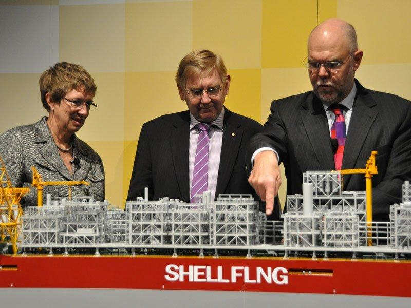 World's 1st floating LNG project proceeds