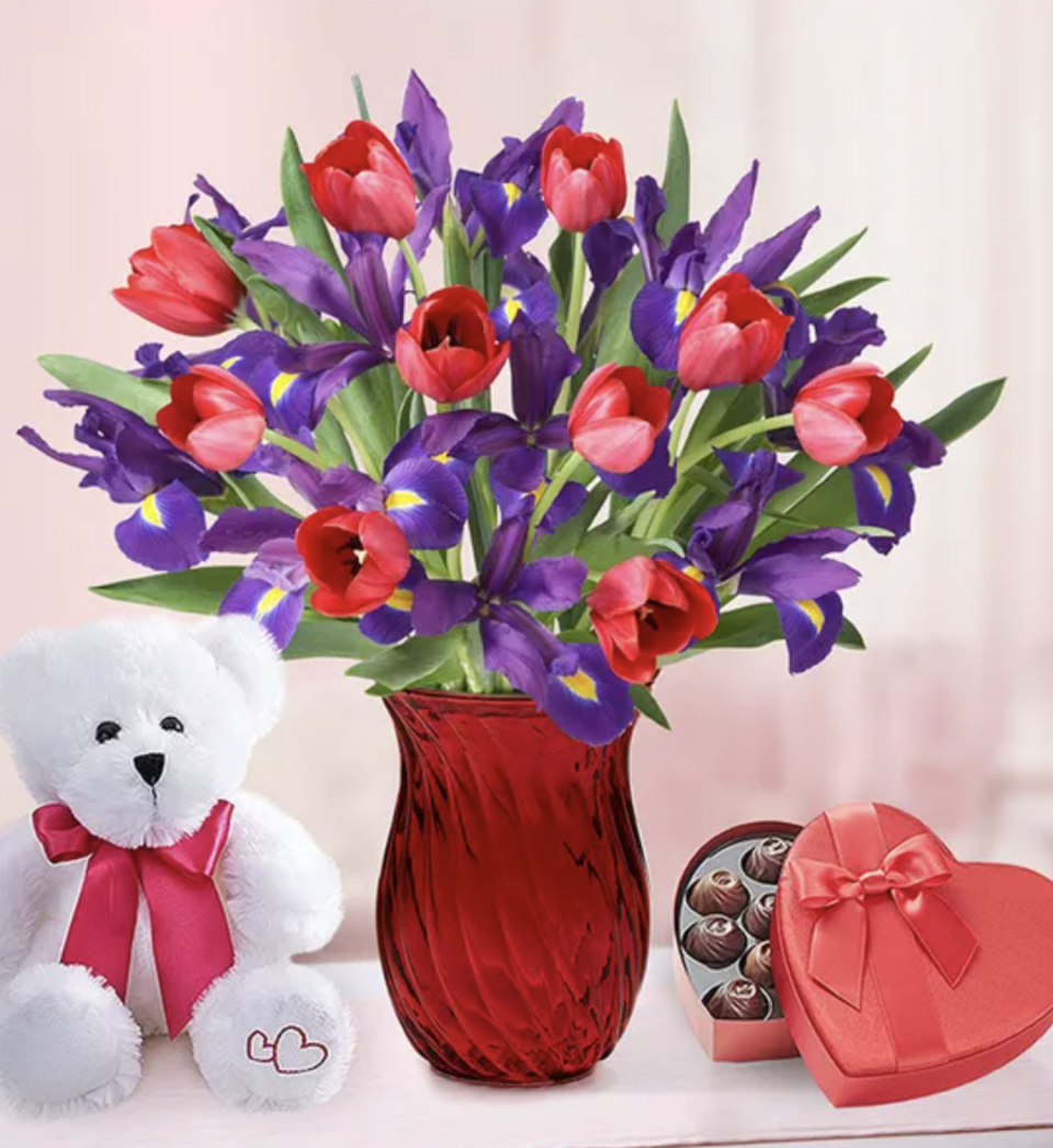 Not a roses kinda girl? She'll love these tulips. (Photo: 1800Flowers)