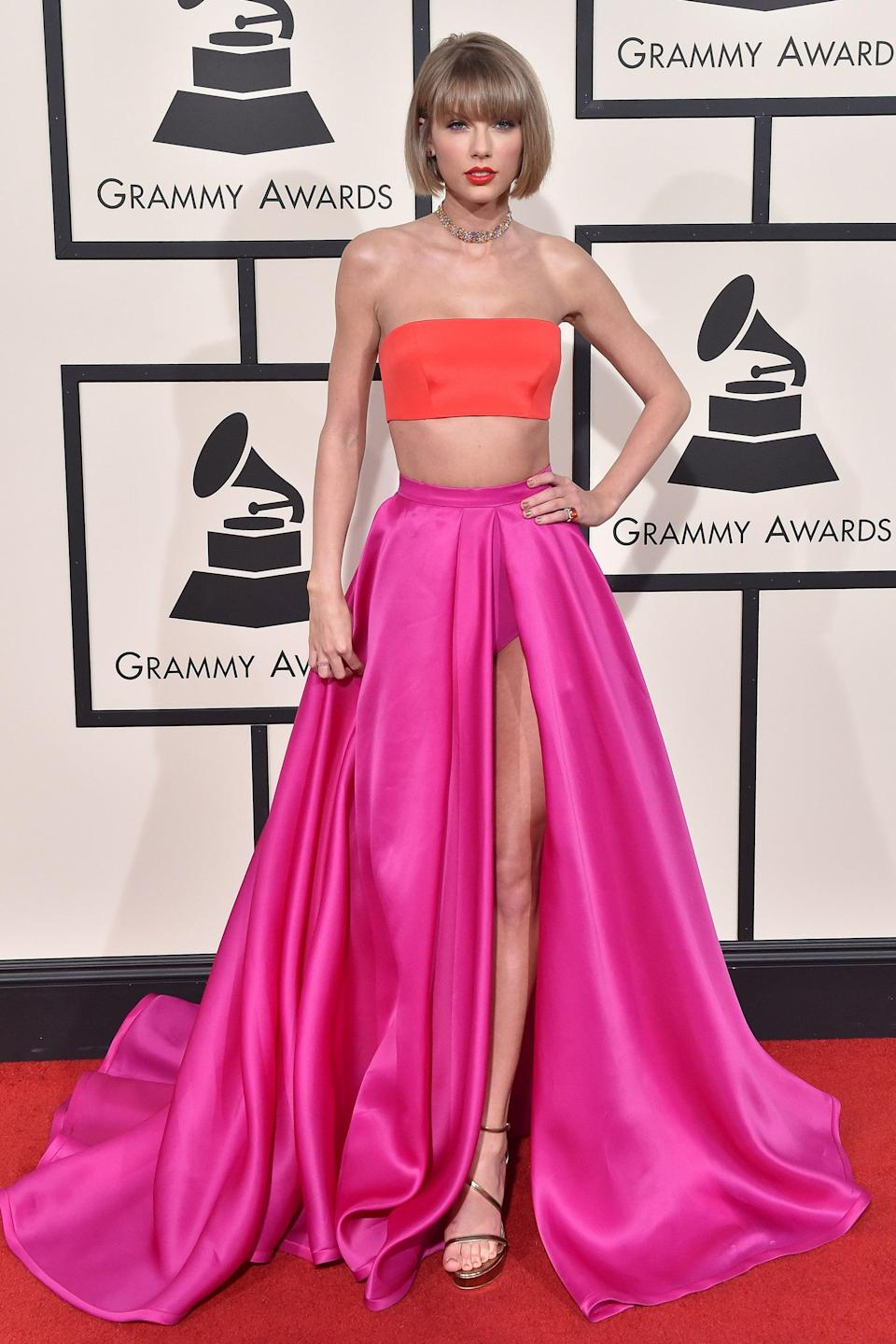 """<h2>Taylor Swift, 2016</h2><br>Normally a high-low, two-piece look wouldn't be our choice for a red carpet, but Taylor Swift's Versace look was equal parts glamorous and fresh.<span class=""""copyright"""">Photo: Axelle/Bauer-Griffin/FilmMagic.</span>"""