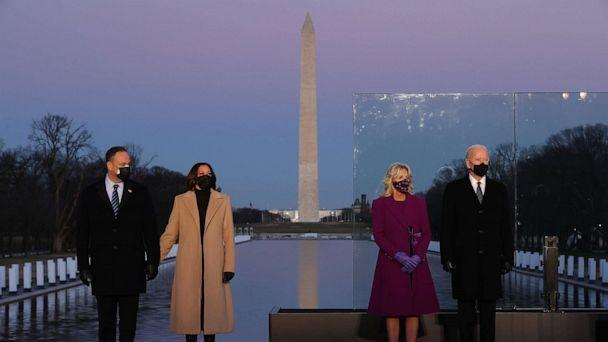 Douglas Emhoff,Vice President-elect Kamala Harris,Jill Biden and President-elect Joe Biden attend a memorial service honoring nearly 400,000 American victims of the COVID-19 pandemic at the Lincoln Memorial Reflecting Pool,Jan. 19, 2021, in Washington. (Chip Somodevilla/Getty Images)