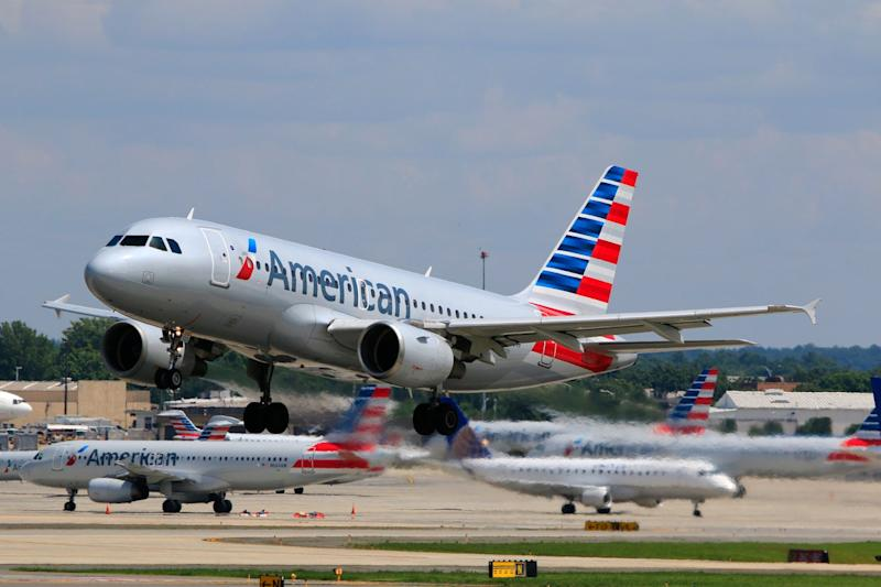 An American Airlines cabin crew has been praised for her BLM note (Getty Images)