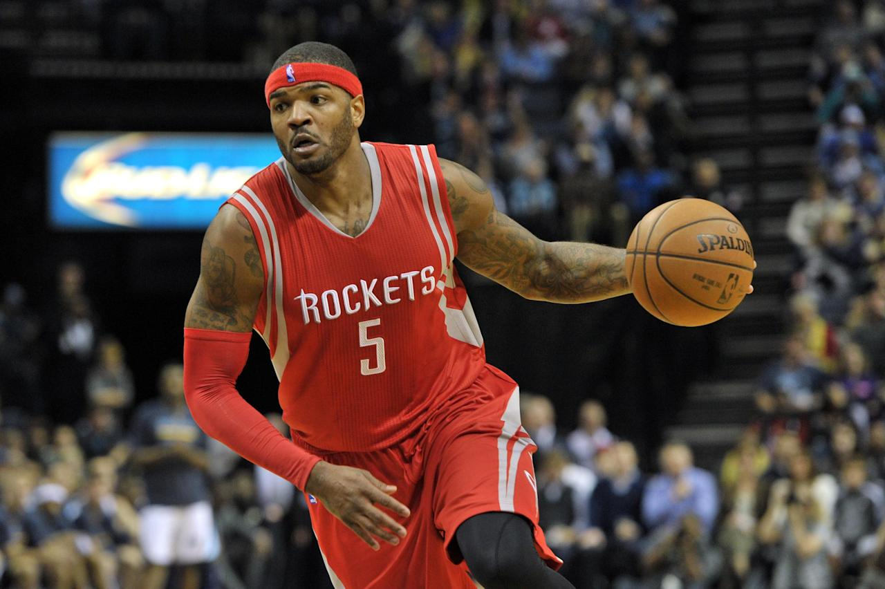 Josh Smith's debut is a success in Rockets win