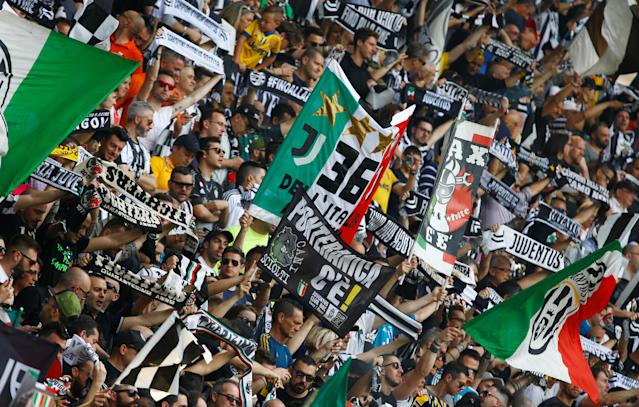 Soccer Football - Serie A - Juventus vs Hellas Verona - Allianz Stadium, Turin, Italy - May 19, 2018 Juventus fans before the match REUTERS/Stefano Rellandini