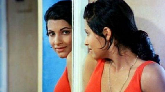<p>She was introduced to acting by Raj Kapoor in the film 'Bobby' to debut opposite Rishi Kapoor. She was barely 16 at the time. 'Bobby' turned her into an iconic star and she was famously dating Rishi Kapoor at the time. Rishi intended proposing to her, but was dissuaded by his father Raj Kapoor </p>