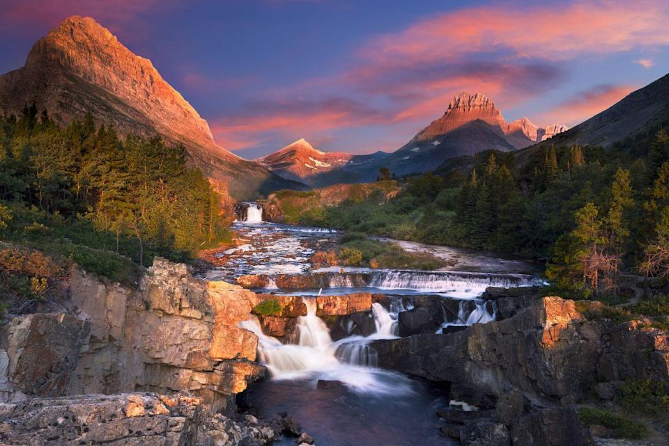 <p>We're convinced there's not a bad view anywhere in Glacier National Park, so it should come as no surprise that the sunrises there are superb as well. </p>