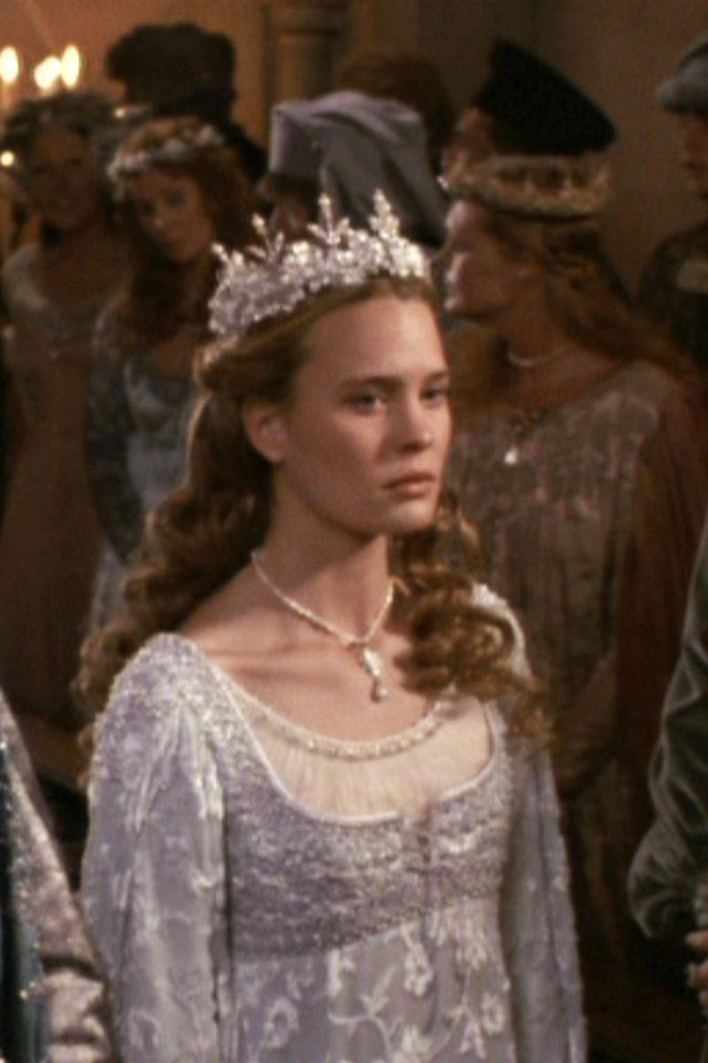 <p>Robin Wright certainly looked the part of a princess bride in the 1987 film. For the Renaissance-era fantasy, the actress wore an appropriately styled gown that was covered in dreamy beading and embroidered details.<br></p>