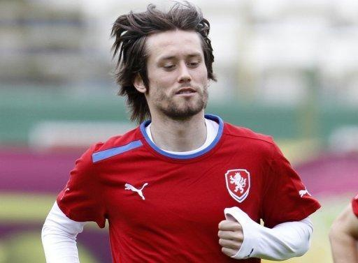 Rosicky suffered an inflamed Achilles tendon in the first-half of the 2-1 group stage win over Greece