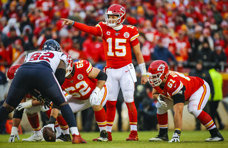 Patrick Mahomes lines up against the Texans.