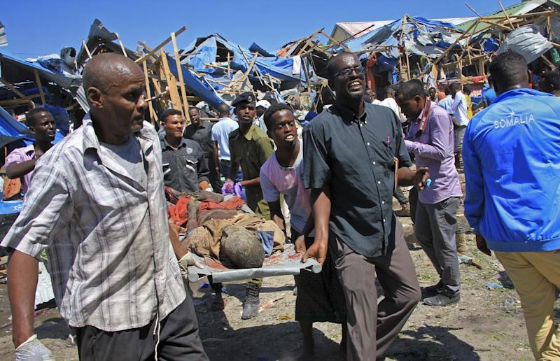 Somalia auto bomb: Blast rips through Mogadishu market