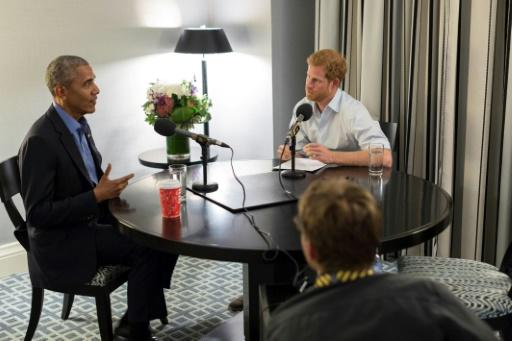 Nervöser Harry interviewt Barack Obama