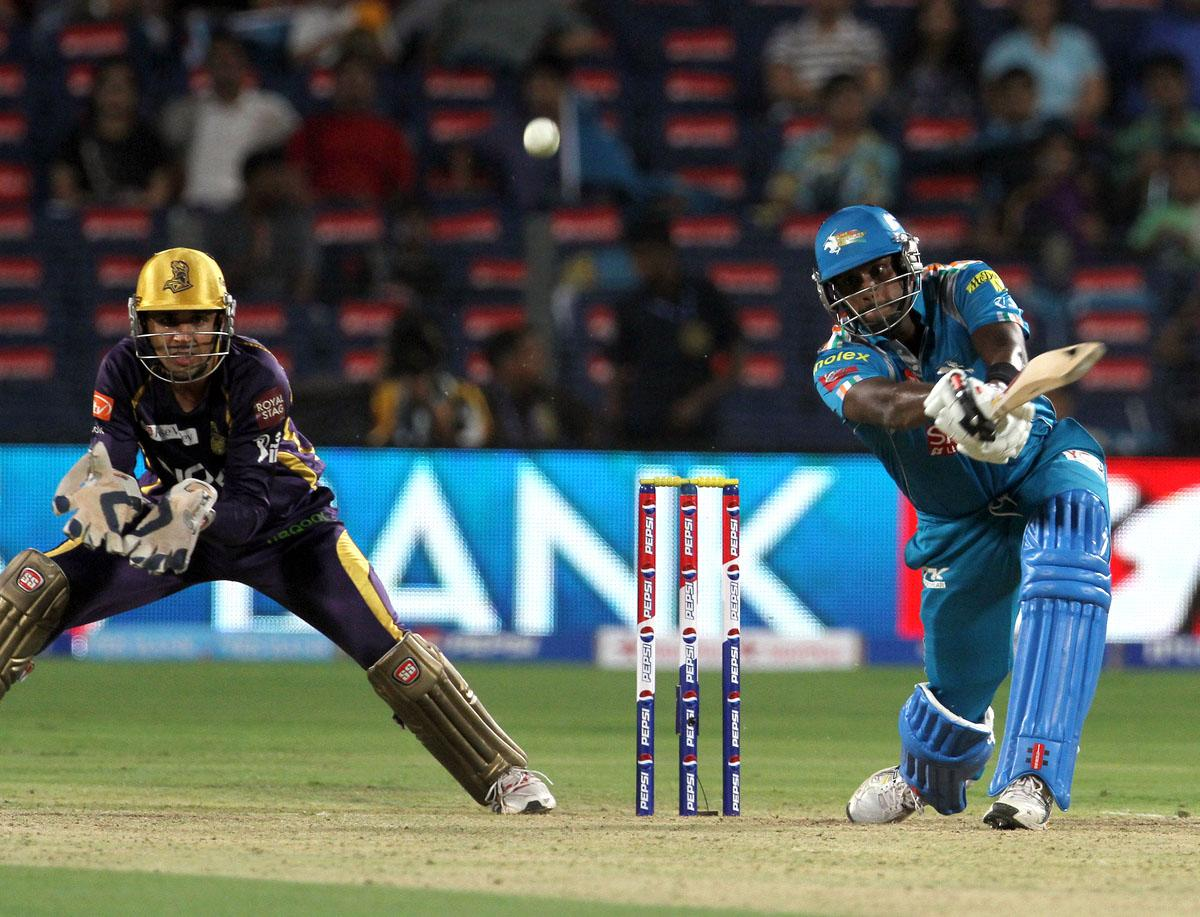 Pune Warriors player Angelo Mathews plays a shot during match 56 of the Pepsi Indian Premier League ( IPL) 2013  between The Pune Warriors India and the Kolkata Knight Riders held at the Subrata Roy Sahara Stadium, Pune on the 9th May 2013. (BCCI)
