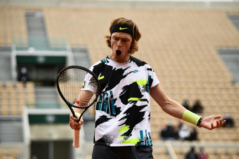 Boxer's son Rublev refuses to be counted out at Roland Garros