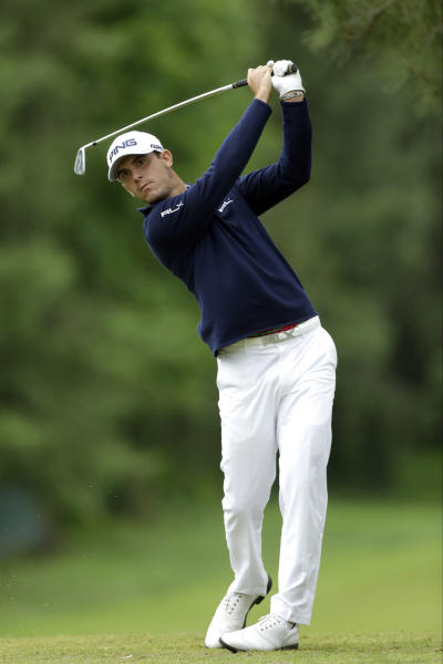 Billy Horschel tees off on the eighth hole during the first round of the U.S. Open golf tournament at Merion Golf Club, Friday, June 14, 2013, in Ardmore, Pa. (AP Photo/Julio Cortez)