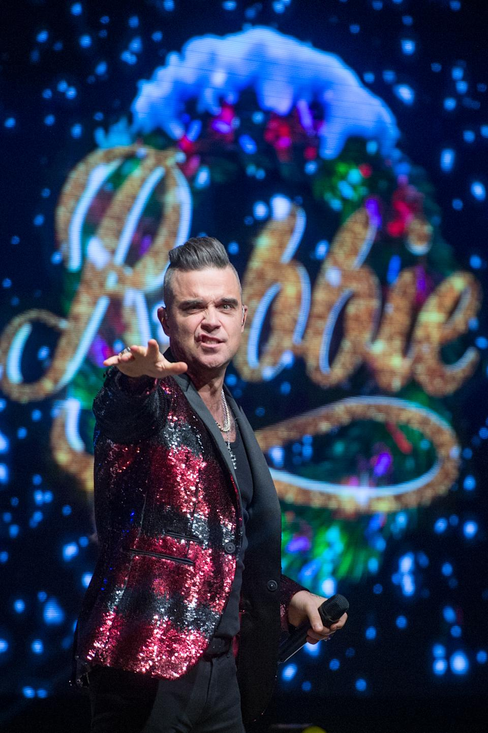 Robbie Williams performs on the eve of the release of his album 'The Christmas Present' at The Bavarian Hut stage during Winter Wonderland 2019 at Hyde Park on November 21, 2019 in London, England. (Photo by Ollie Millington/Redferms)