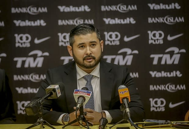 Tunku Ismail maintained that 'spying on' someone's personal or private communication was wrong and defended his right to speak the truth. — Picture by Firdaus Latif