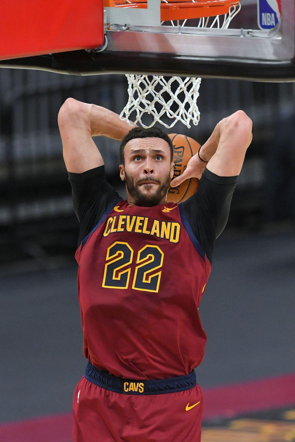"""<p>When <a href=""""https://www.nba.com/player/1626204/larry_nance%20jr"""" rel=""""nofollow noopener"""" target=""""_blank"""" data-ylk=""""slk:Nance"""" class=""""link rapid-noclick-resp"""">Nance</a> was diagnosed with Crohn's at age 16, he wanted to find a pro athlete who also had the disease and prevailed in spite of it. When he discovered that David Garrard was killing it as a quarterback for the Jacksonville Jaguars, """"it just spurred me on,"""" the Cleveland Cavalier told <em>GQ</em> in <a href=""""https://www.gq.com/story/real-life-diet-larry-nance-jr"""" rel=""""nofollow noopener"""" target=""""_blank"""" data-ylk=""""slk:2017"""" class=""""link rapid-noclick-resp"""">2017</a>.</p><p>Nance went on to become known for his high-flying dunks as a Los Angeles Laker before he was traded to the Cavaliers. (Part of his secret? He plays on an empty stomach and follows a strict diet to keep his energy up.) Although he was sidelined for the end ofthe 2021 NBA season, it wasn't because of his Crohn's. Nance suffered a fractured thumb.<br><br></p>"""